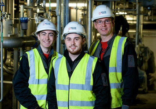 Inverness College UHI engineering modern apprentices with employer Andrew MacDonald